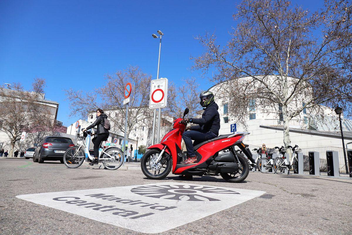 Scooter, bici o patinete: Alternativas a la movilidad en la ciudad