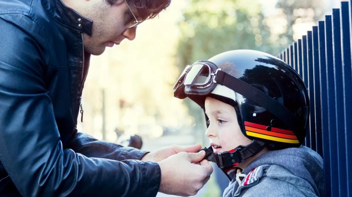 Equipamiento para niños, en moto siempre bien protegidos