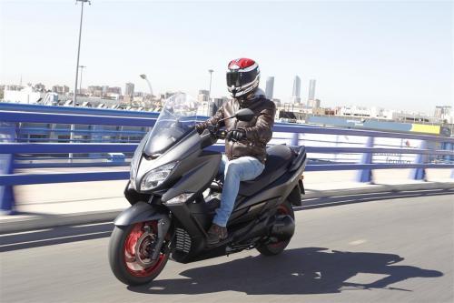 Suzuki Burgman 400 prueba