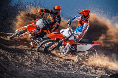 KTM 350 y 450 SX-F: Dos modelos de moto de motocross perfectas para empezar