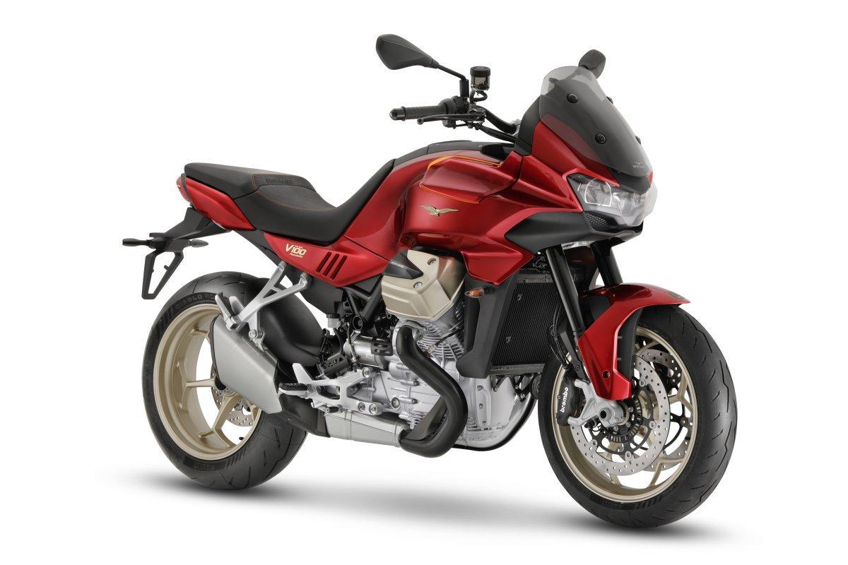 Moto Guzzi V100 Mandello: trail crossover con nuevo motor de 120 CV