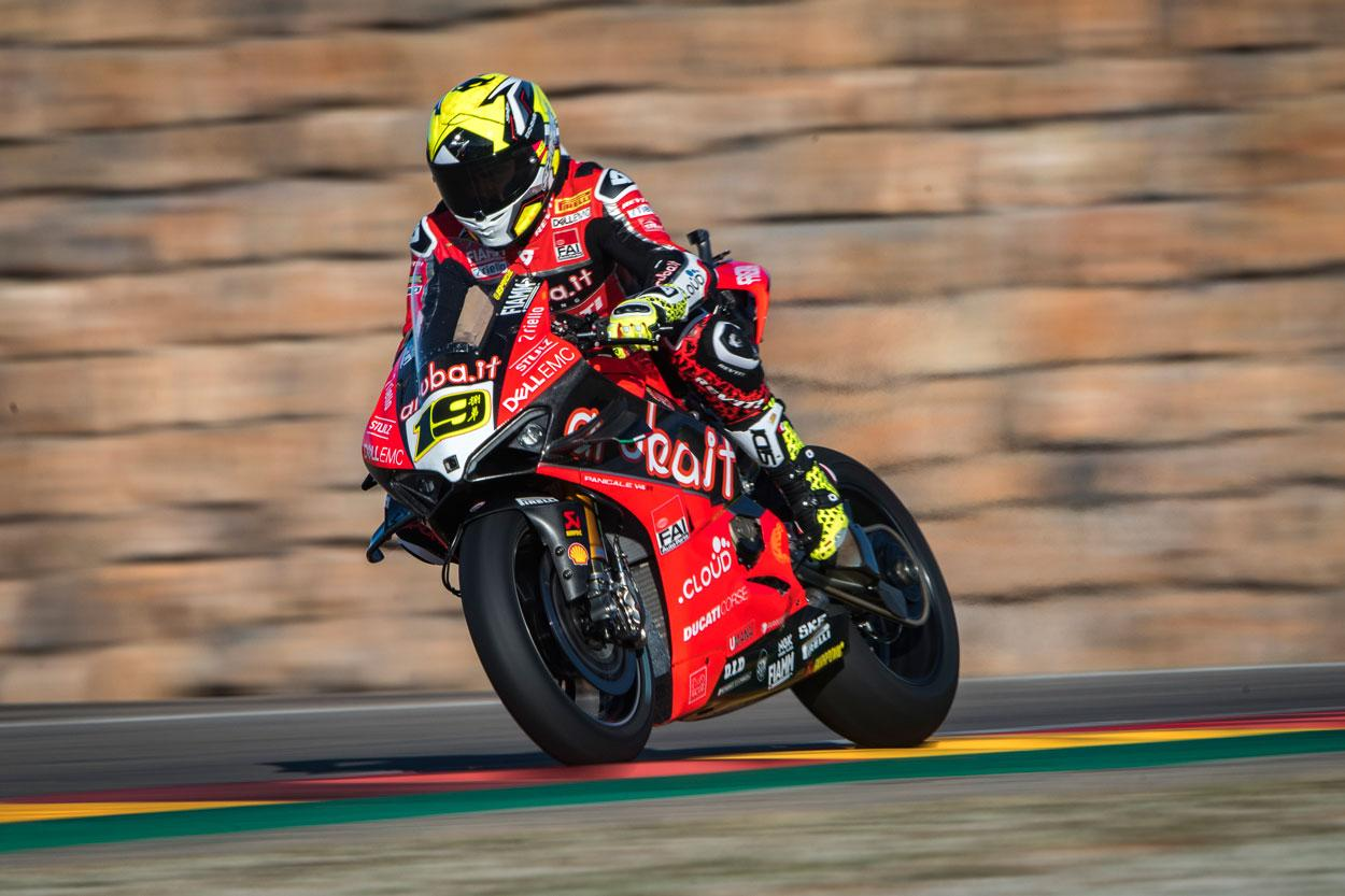 Alvaro Bautista, pleno de victorias en Motorland Aragon