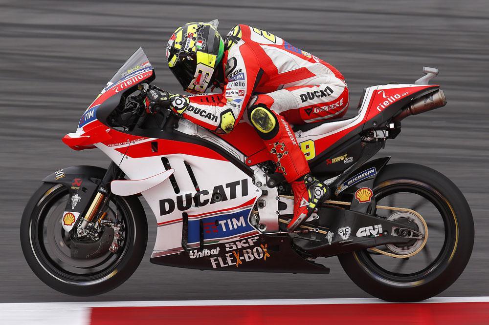 Victoria de Andrea Iannone en el GP de Austria de MotoGP