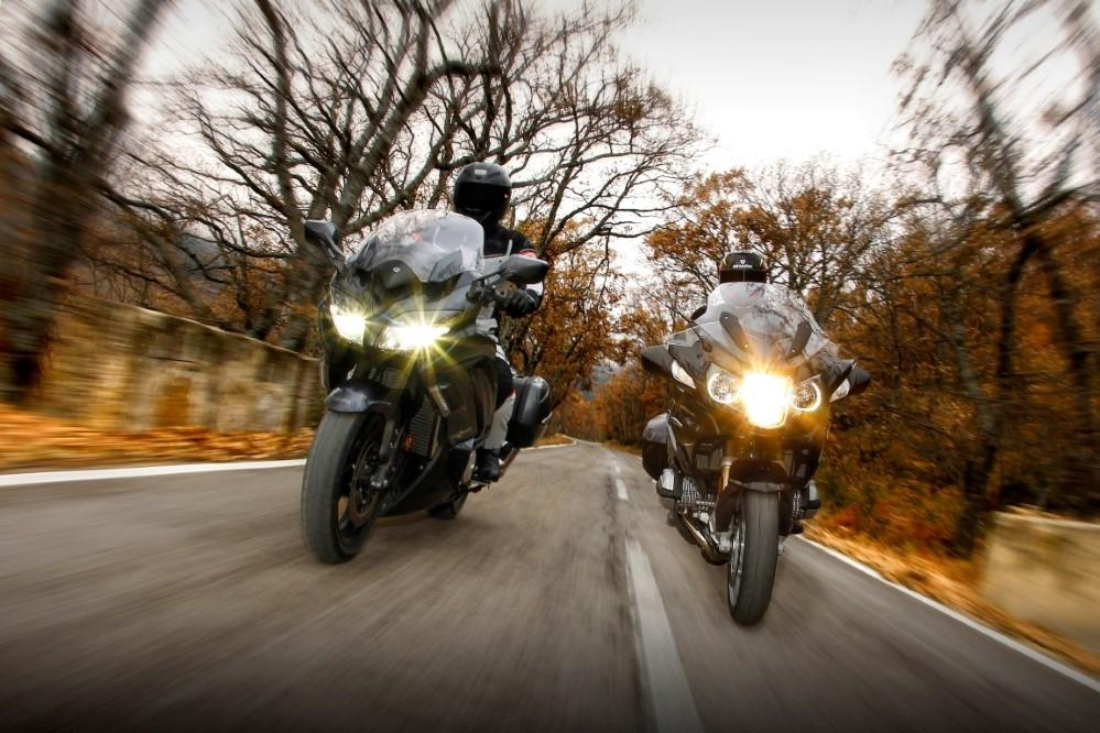 BMW R1200RT vs Yamaha FJR 1300