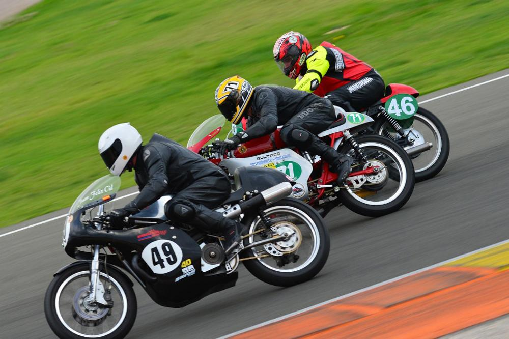 Campeonatos de motos clásicas en España