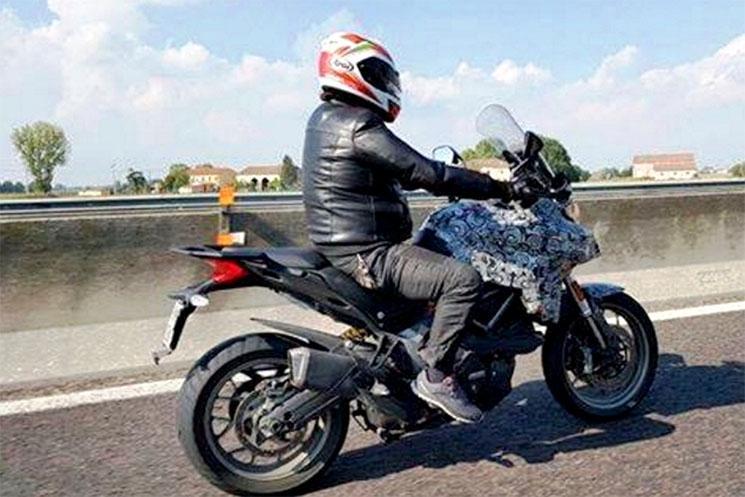Ducati Multistrada 939 fotos espía