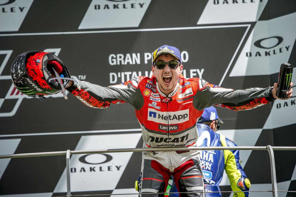 Jorge Lorenzo logró la victoria con Ducati en el GP de Italia