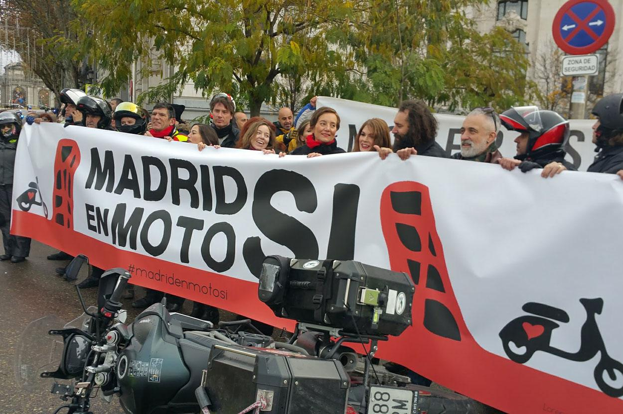 Pancarta de la Manifestación Madrid en Moto Sí