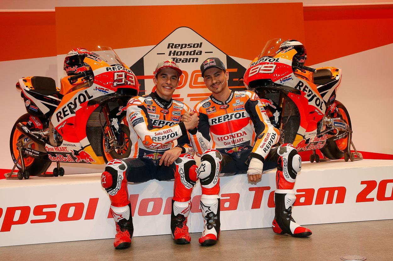 Marc Márquez y Jorge Lorenzo durante la presentación del equipo Honda Repsol MotoGP