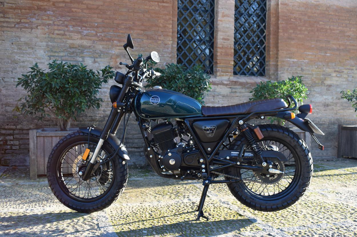 MH Bogga Rocker, moto 125 scrambler