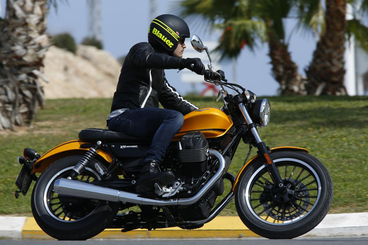 Moto Guzzi V9 Roamer