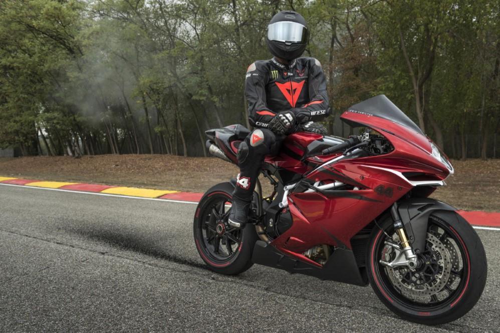 Nueva MV Agusta F4 LH44: la moto de Lewis Hamilton
