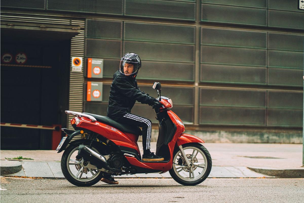 Peugeot Tweet: nuevos colores para los scooter 50 cc y 125 cc