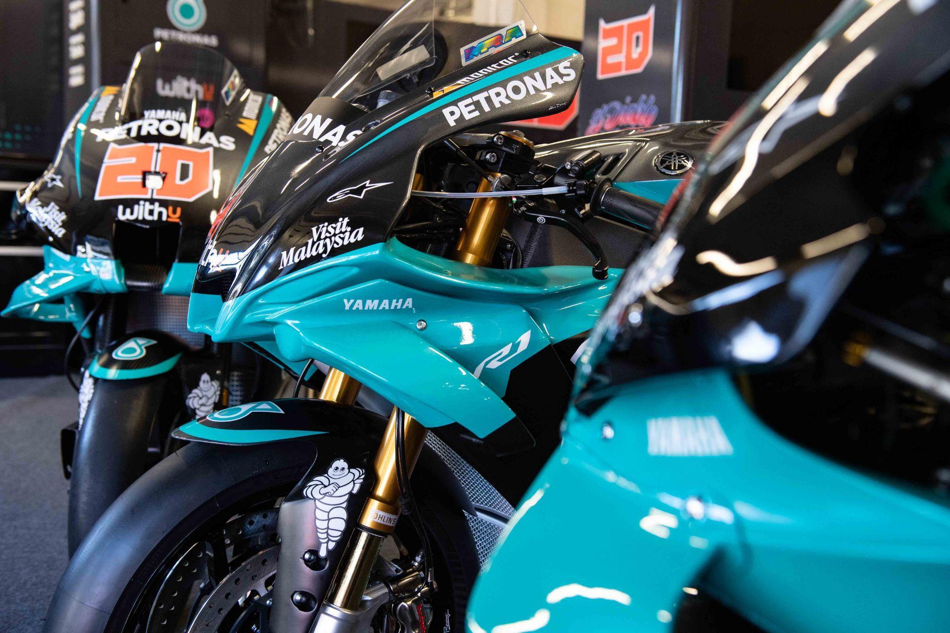 R1 Edición Especial Petronas, réplica de una MotoGP para calle