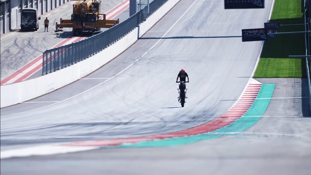Red Bull Ring wheelie challengue