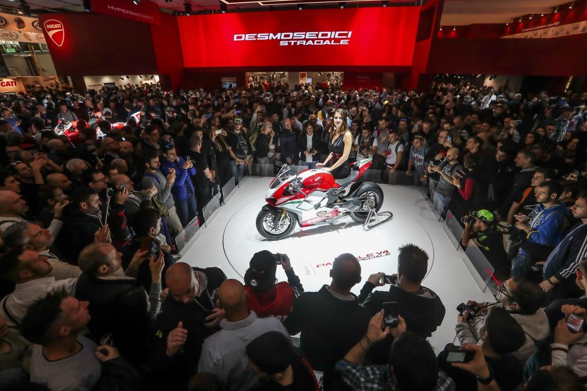 Ducati Panigale V4 moto mas bonita salon de Milan