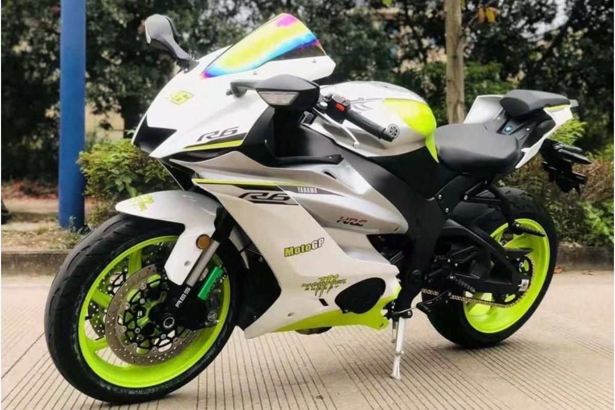 Lo último en copias chinas: Yamaha R6