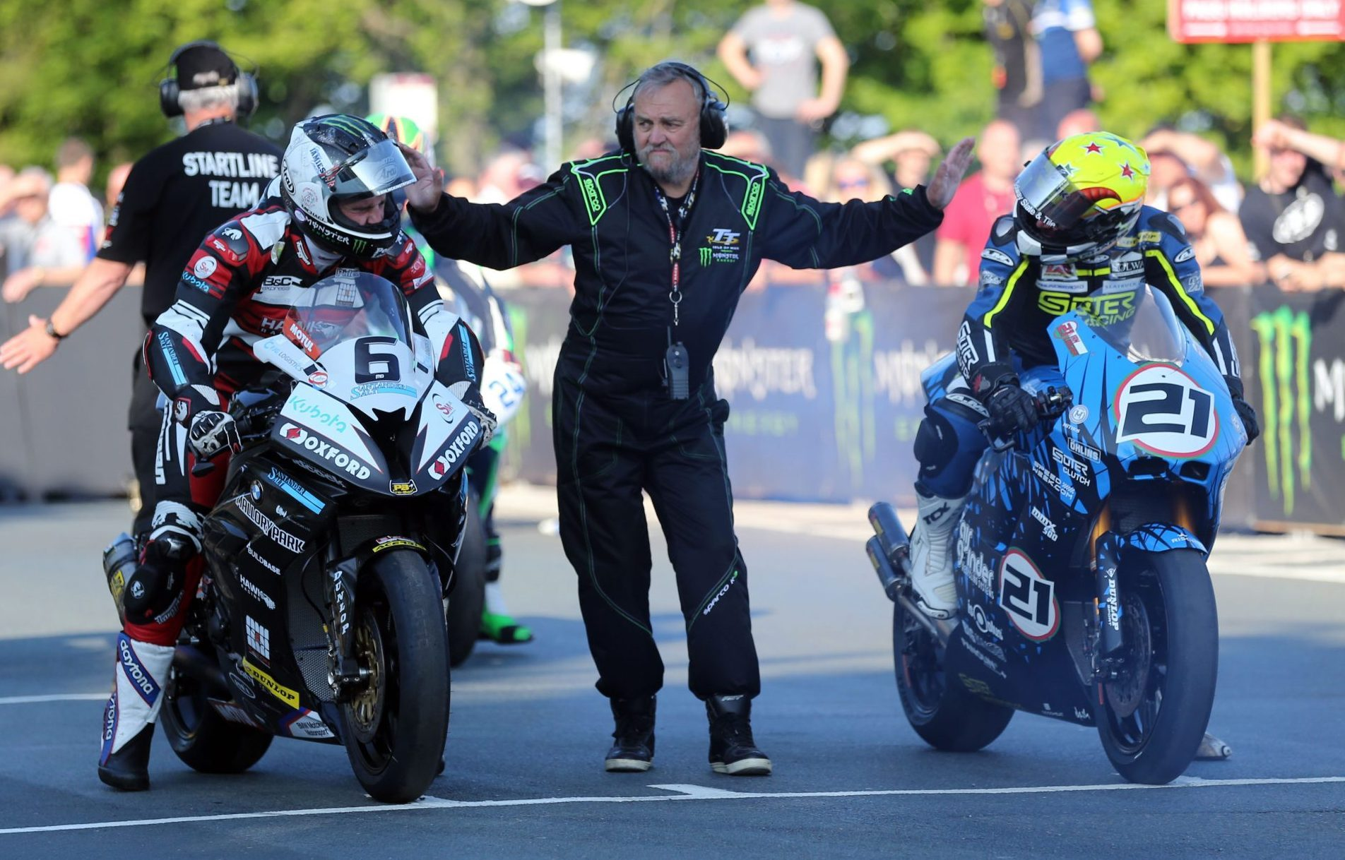 suter_mmx500_ian_lougher_video_lap_tt_isla_de_man_500cc_2t