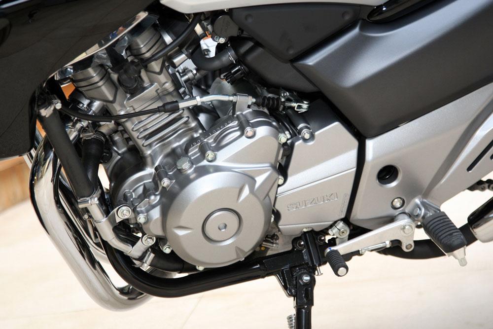 Motor de la Suzuki Inazuma 250