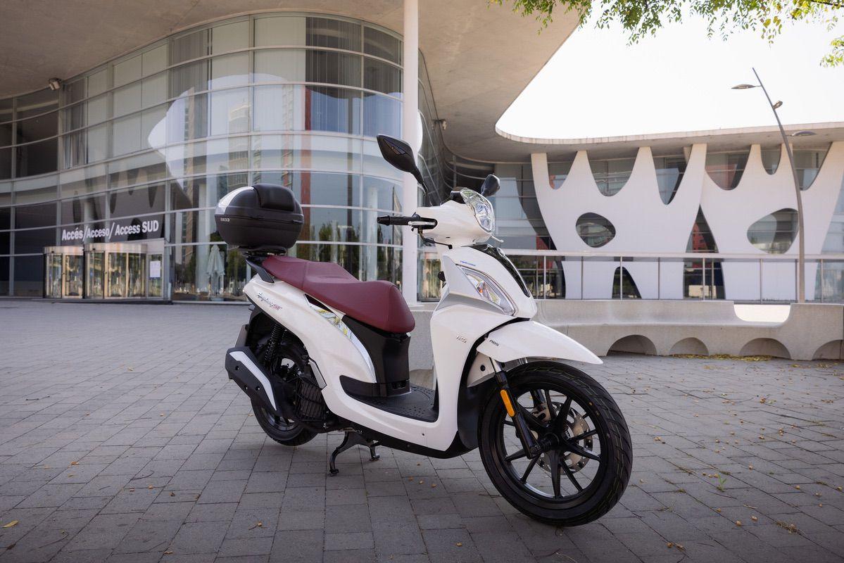 Prueba SYM Symphony ST 125, su scooter sin carnet más potente
