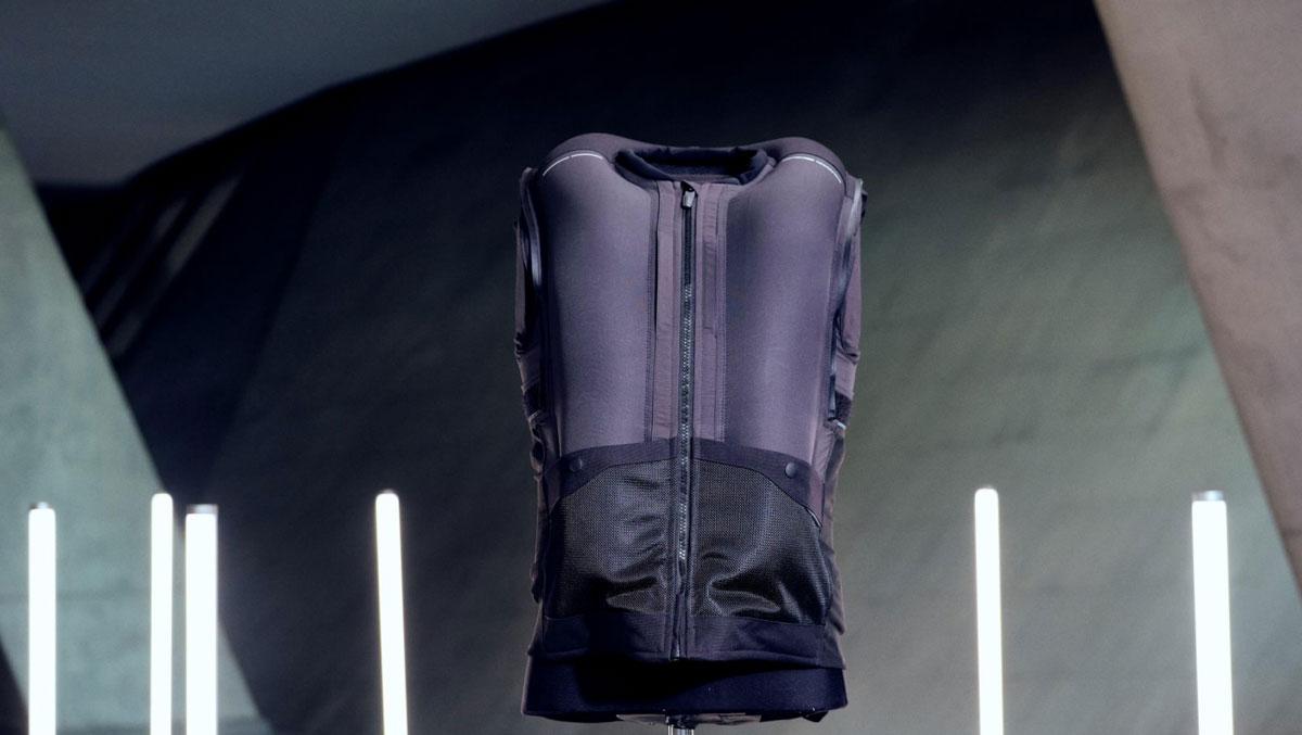 Tucano Urbano presenta AIRSCUD, tu airbag para moto