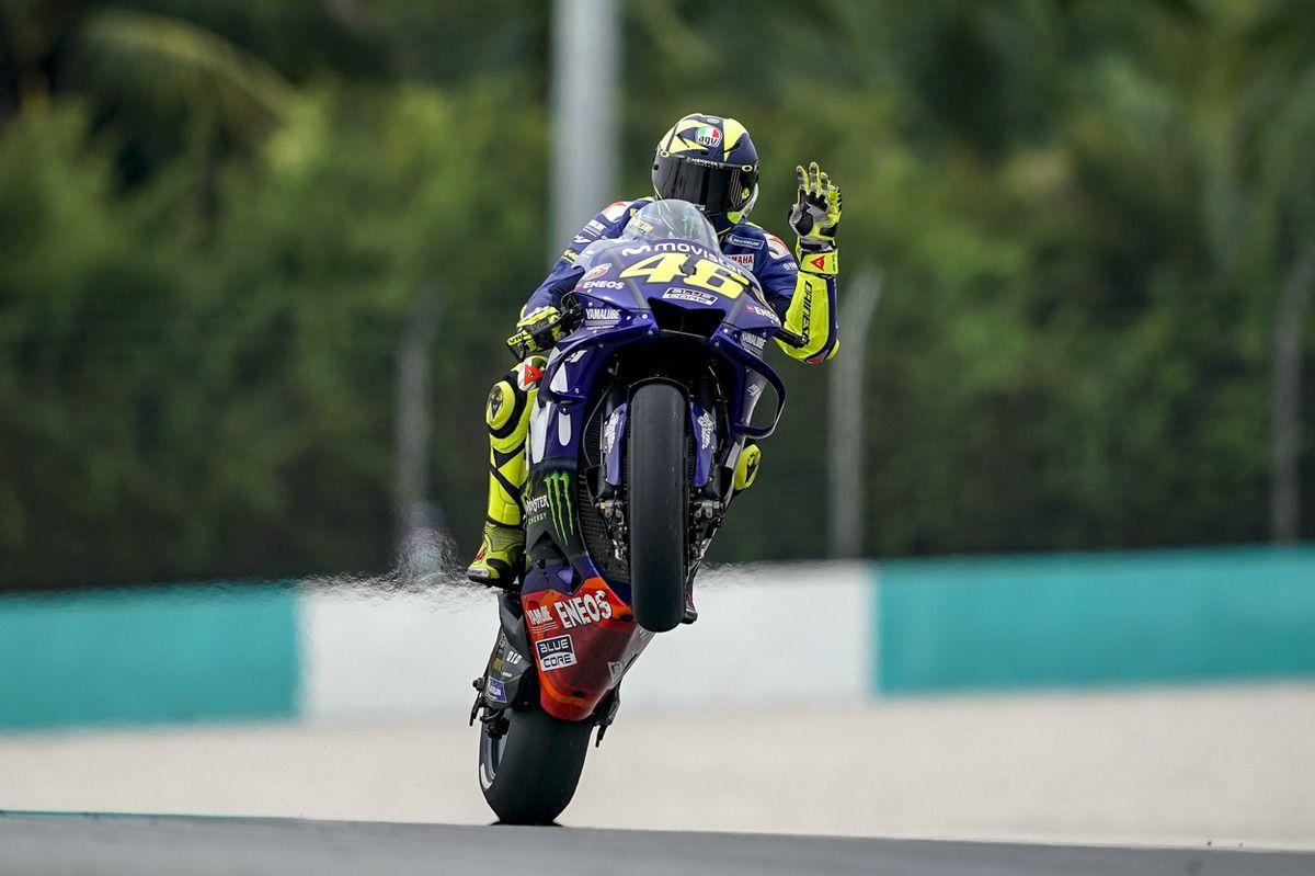 Valentino Rossi se anima tras la victoria de su compañero Viñales en Australia