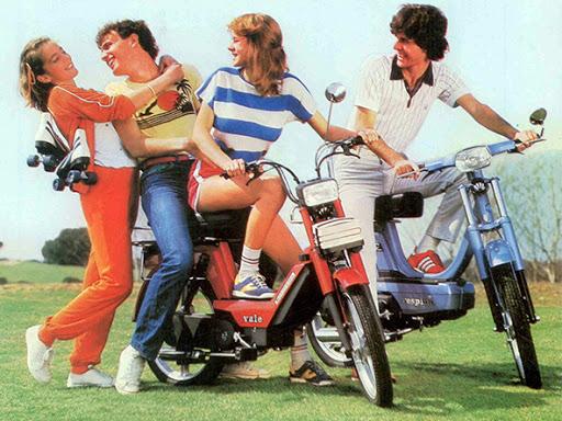 Adolescentes y ciclomotores