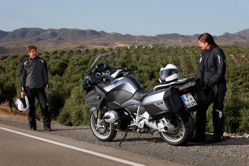 Viajar en moto en verano sin calor