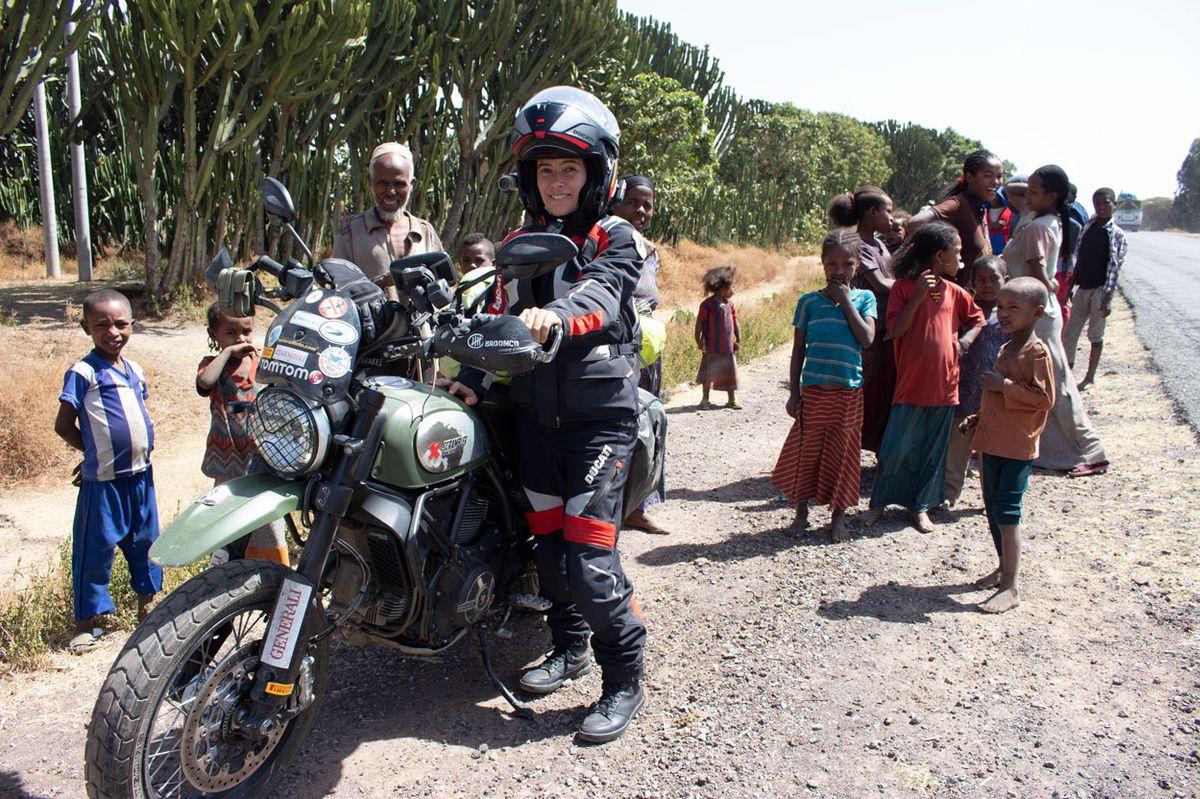 Viaje en moto por Kenia y Tanzania, Alicia Sornosa