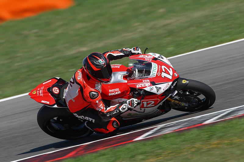 Primer podio de la temporada para Xavi Fores en Superbike