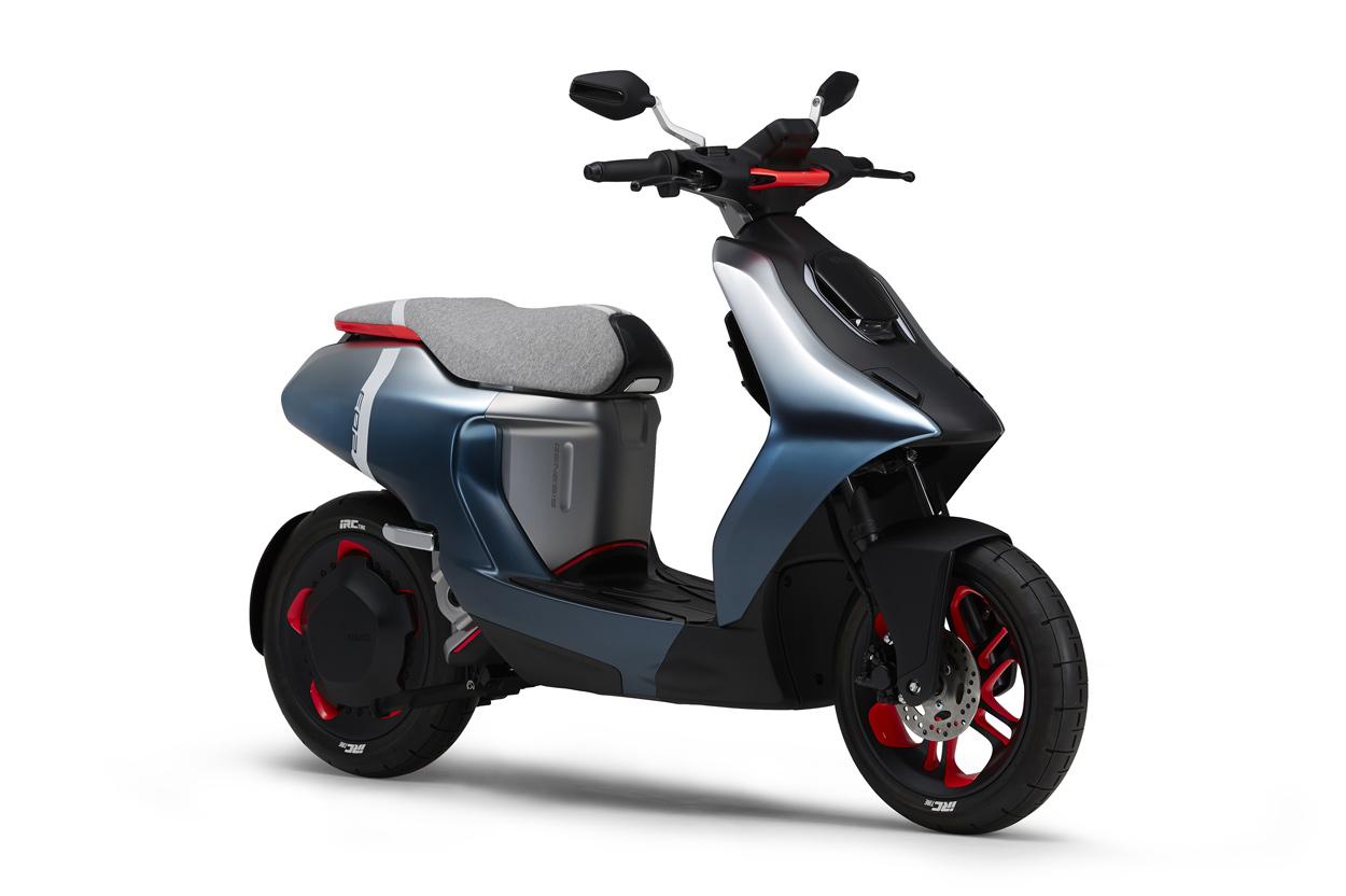 Yamaha E02 Scooter Eléctrico
