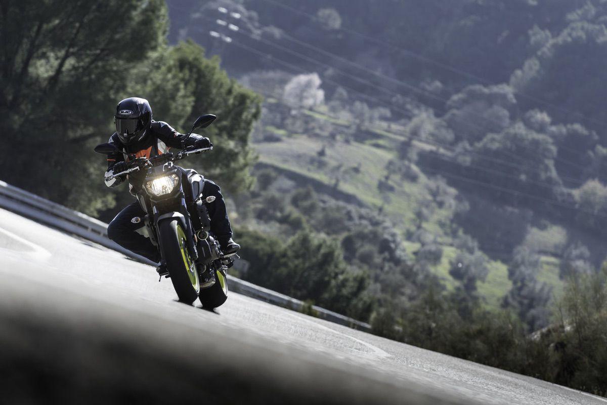 Yamaha MT07 2018, prueba Moto1pro