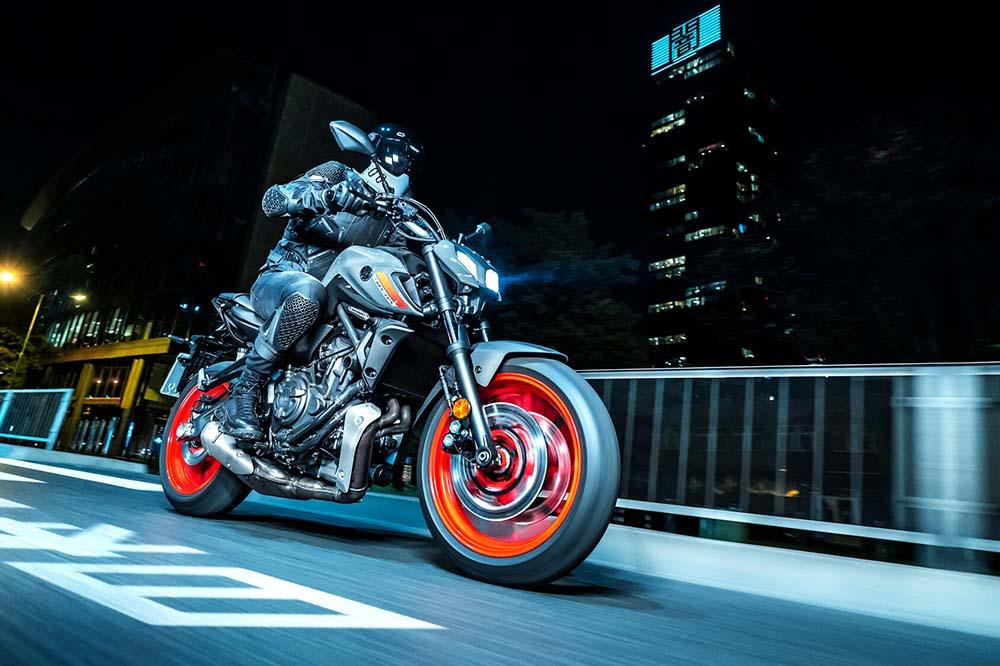 Moto de noche