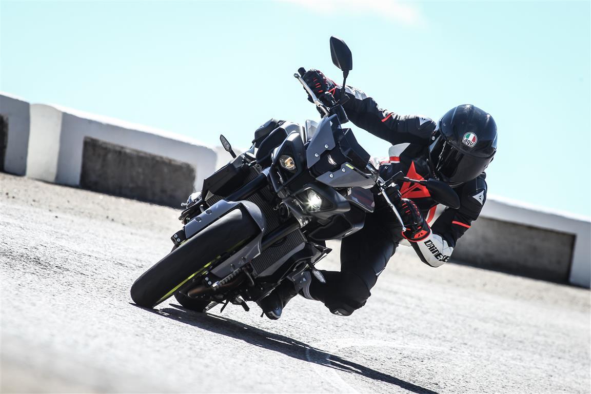 Yamaha MT 10, prueba