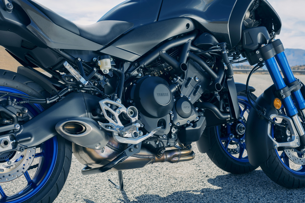 Yamaha Niken, especificaciones y electrónica