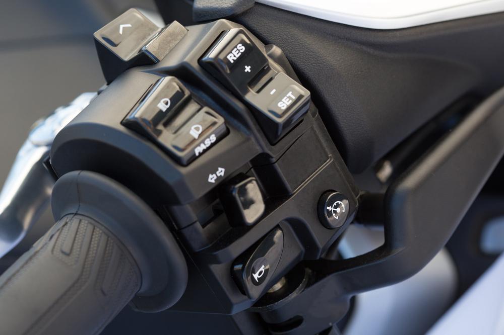 Electrónica del Yamaha T Max 530 2017