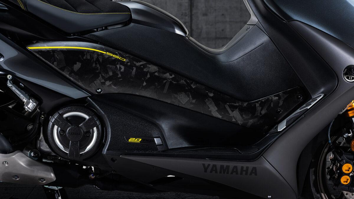 Yamaha TMAX 20 aniversario