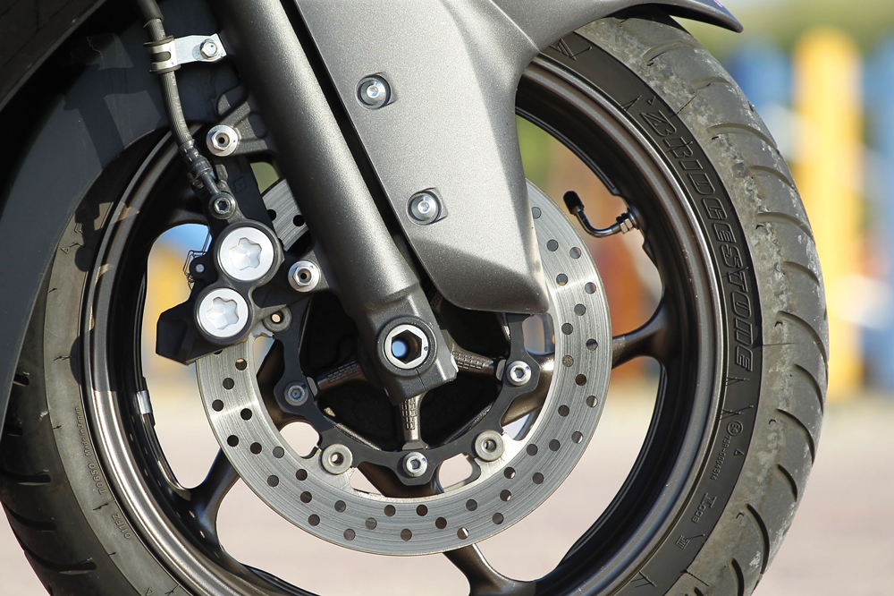 Frenos del Yamaha T Max 530