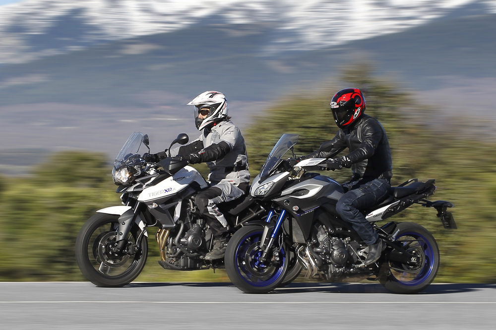 Yamaha Tracer 900 vs Triumph Tiger 800