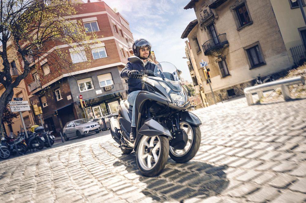 Yamaha Tricity 125 scooter tres ruedas