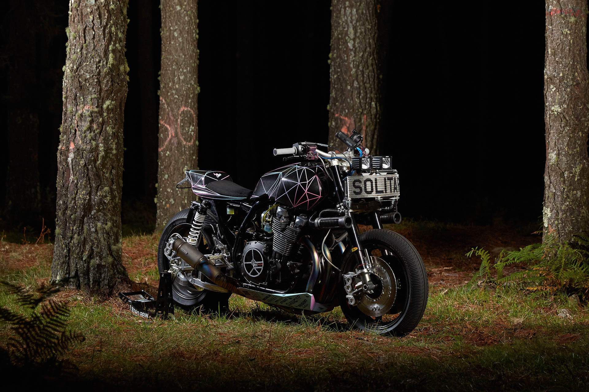 Yamaha XJR1300 Big Bad Wolf by El Solitario