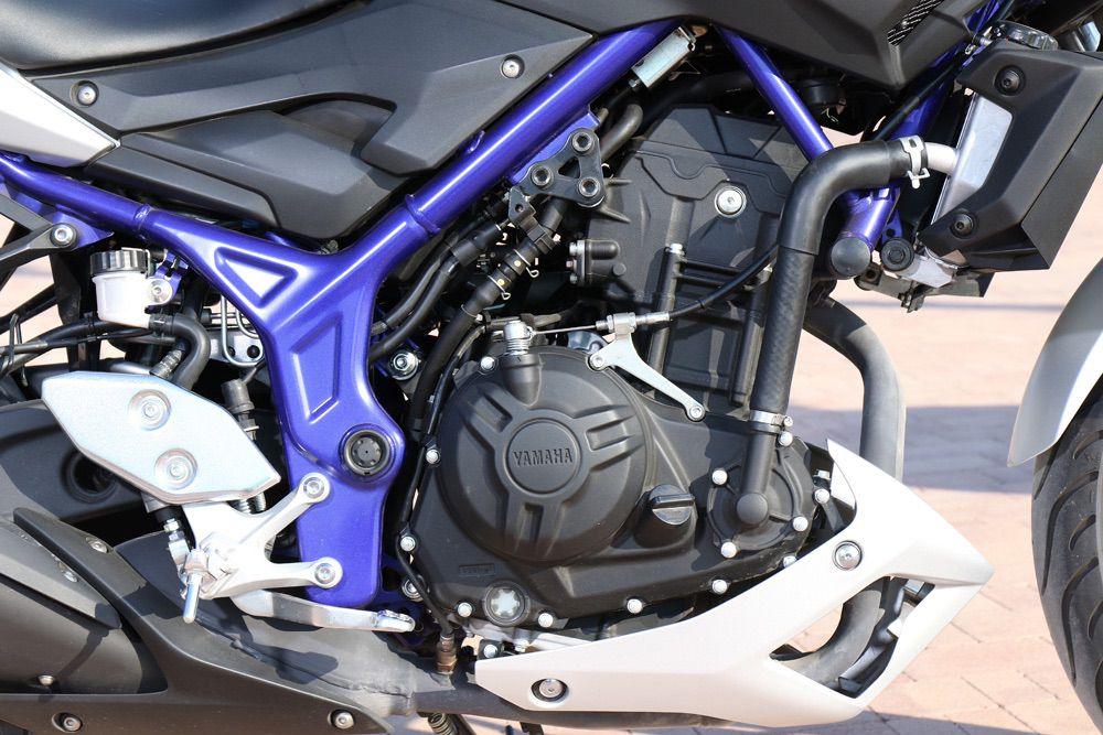 Motor Yamaha MT-03