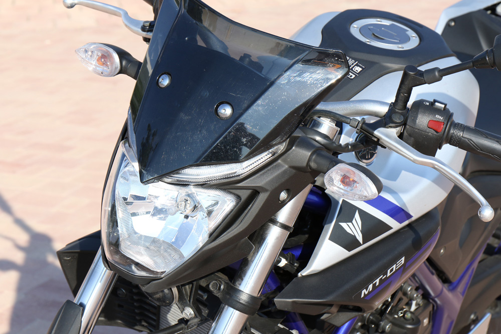 Frontal Yamaha MT-03
