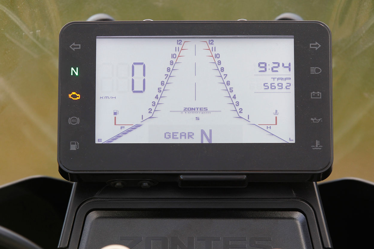 Instrumentacion de la Zontes T310